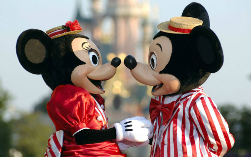 walt-disney-studios-minnie-e-mickey
